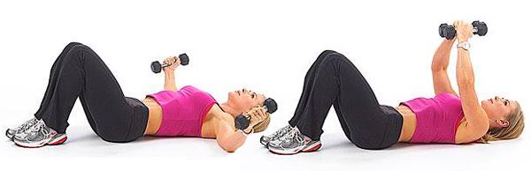 flyes för bröstmusklerna på golvet
